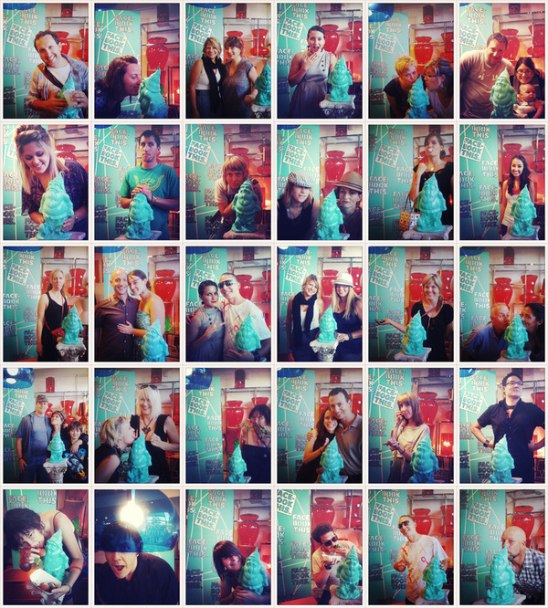 Samuel Schimek: Facebook This. Social Media Photobooth.