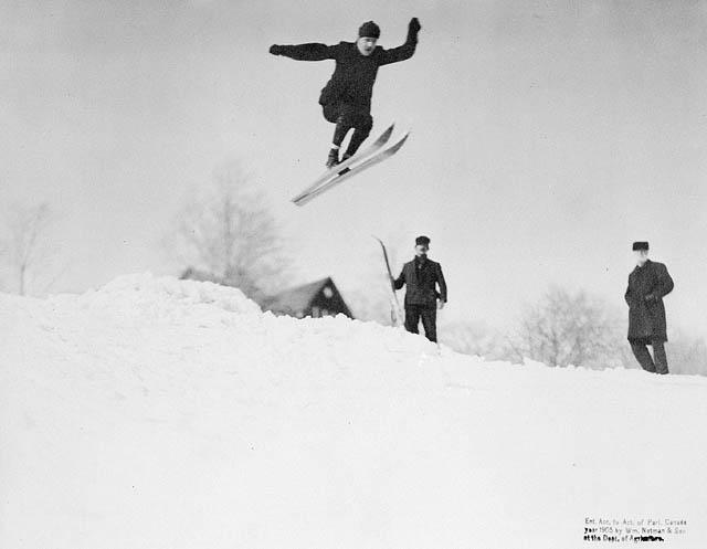 Ski_jumping_1905